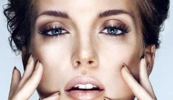 چگونه با آرایش در آرایشگاه صورت خود را لاغر و ظریف نشان دهیم