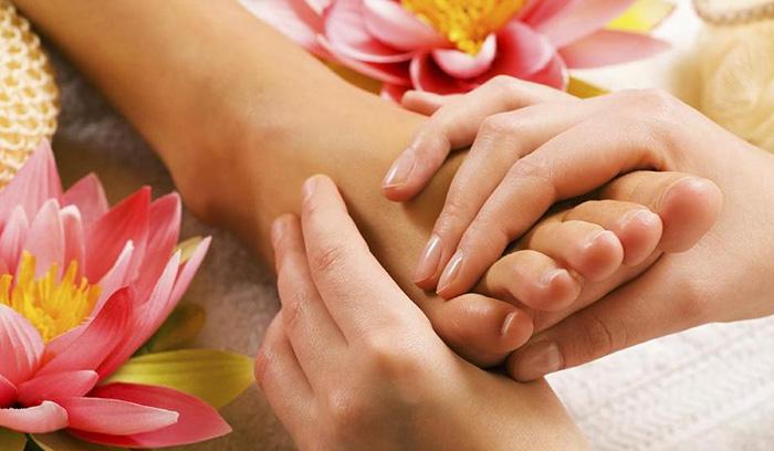 آموزش ماساژ پا عروس