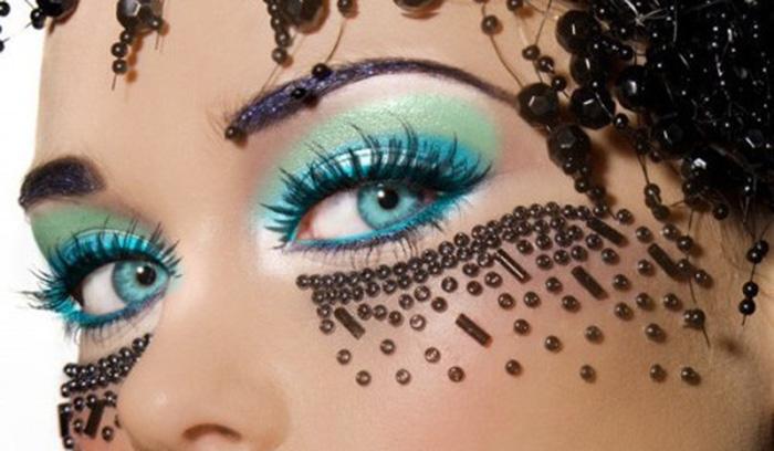 آشنایی با رنگ سایه چشم شما در آرایشگاه