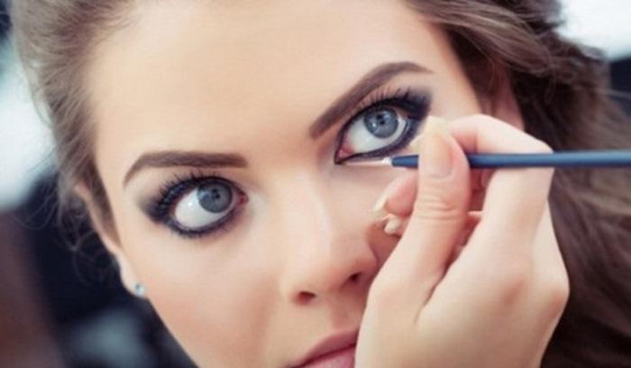 آرایش چشم با لنز
