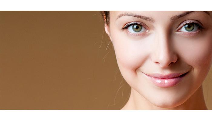 اثر گلاب روی پوست
