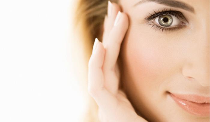با وجود منافذ باز صورت، چطور آرایش کنیم