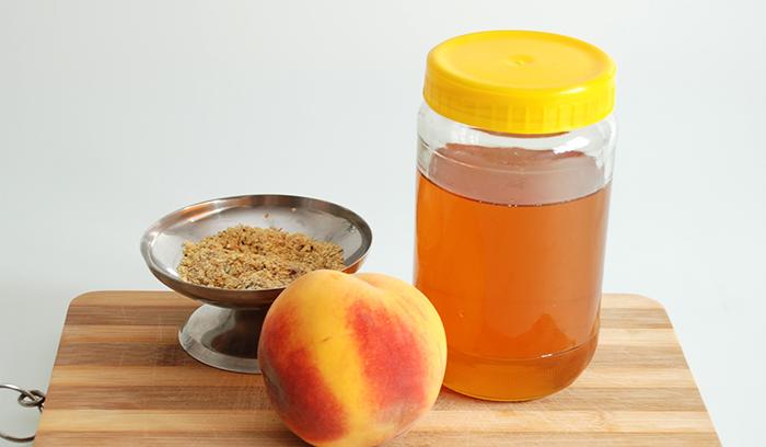 بهترین طرز تهیه ماسک هلو و عسل