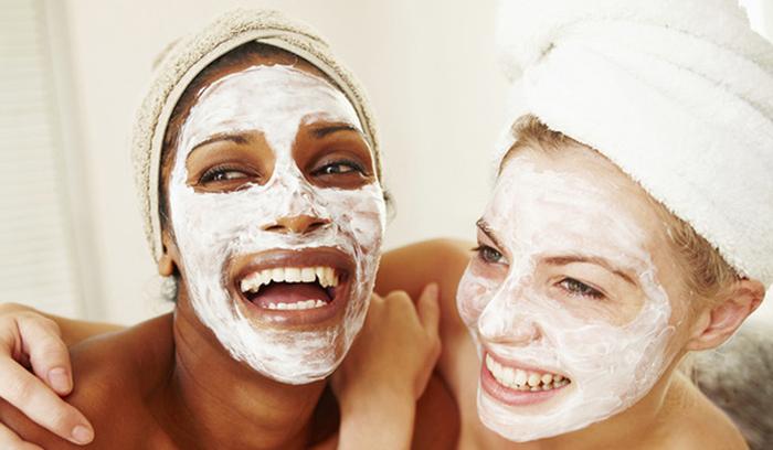 مهم ترین فواید ماست برای پوست