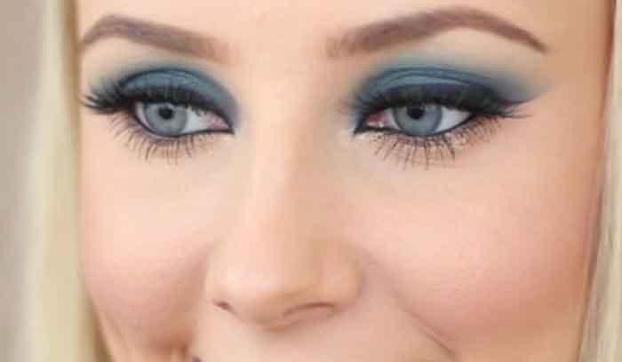 آموزش آرایش چشم آبی با پوست سفید