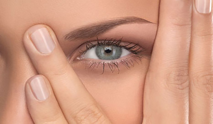کاربرد کانسیلر برای گودی چشم