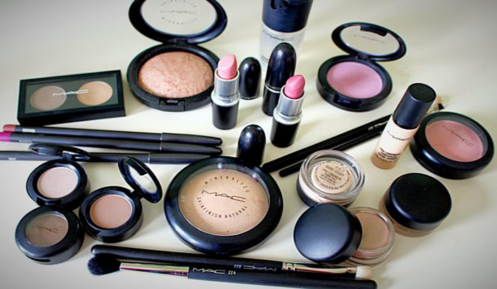 محصولات آرایشی مک