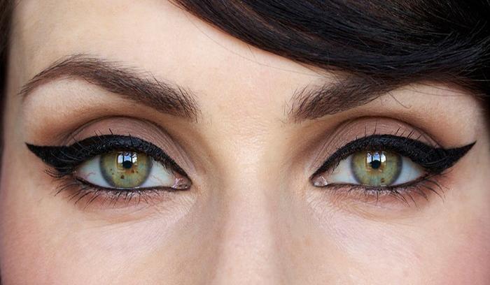 آرایش چشم گربهای