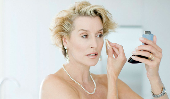 بهترین آرایش چشم خانمهای بالای۵۰سال