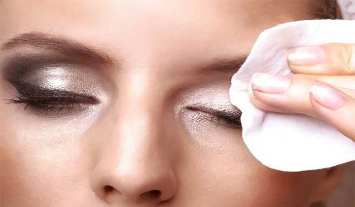 بهترین پاک کننده آرایش چشم